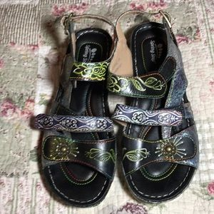 Embossed leather Suzanne sandals